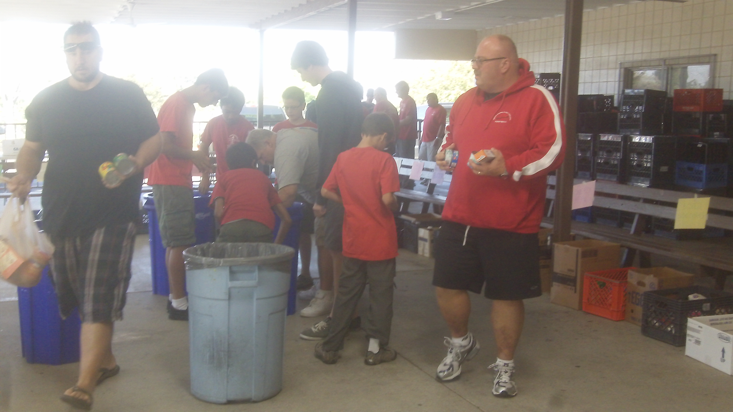 More food to distrubute - Troop 11 Redlands Boy Scouts